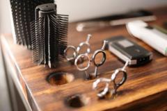 美发店经营管理:低价为什么吸引不了优质的顾客?